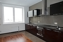 ID 0453 Ружейный пер. 3 - 4х комнатная квартира в аренду.