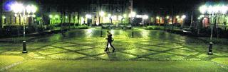 Es soll nicht Nacht werden bis zur Umgestaltung des Kaiserplatzes. Die Kupferstadt strebt die Genehmigung zu einem vorzeitigen Baubeginn an, um im Zeitplan bleiben zu können.Foto: J. Lange