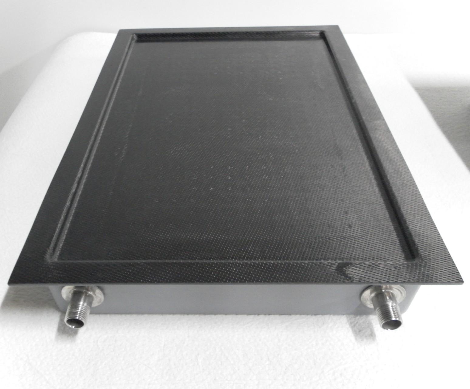 Plateau à fromage réfrigéré composite verre-carbone