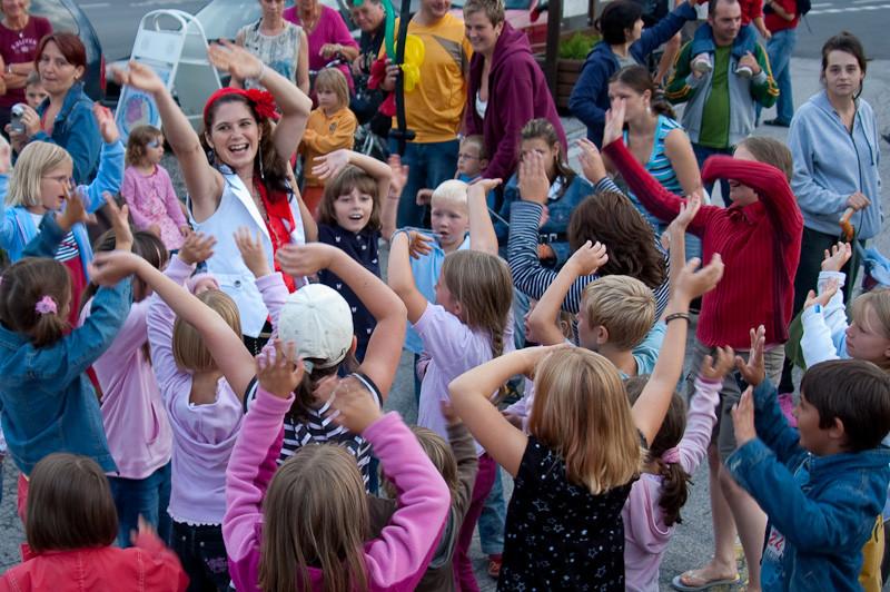Kinder Tänze DieZauberin