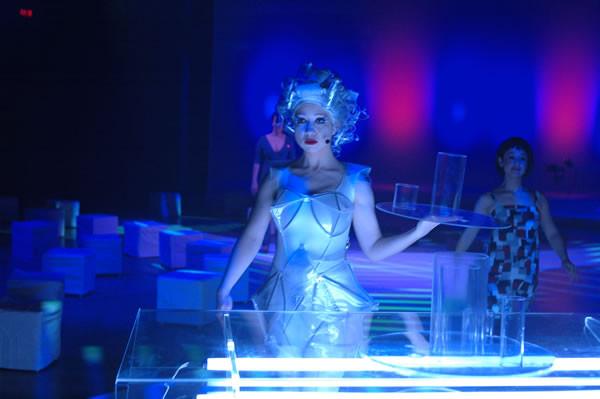 Alternate Visions, production de Chants Libres, Usine C, 2007. Photo: Yves Dubé