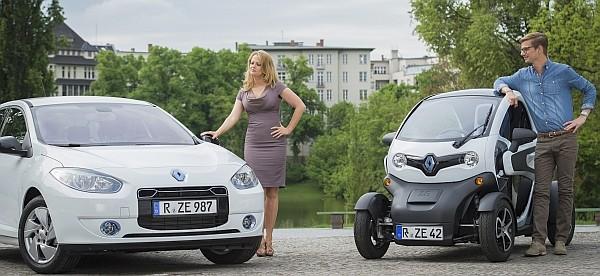 Barabara Schöneberger mit dem Renault Elektroauto ZOE