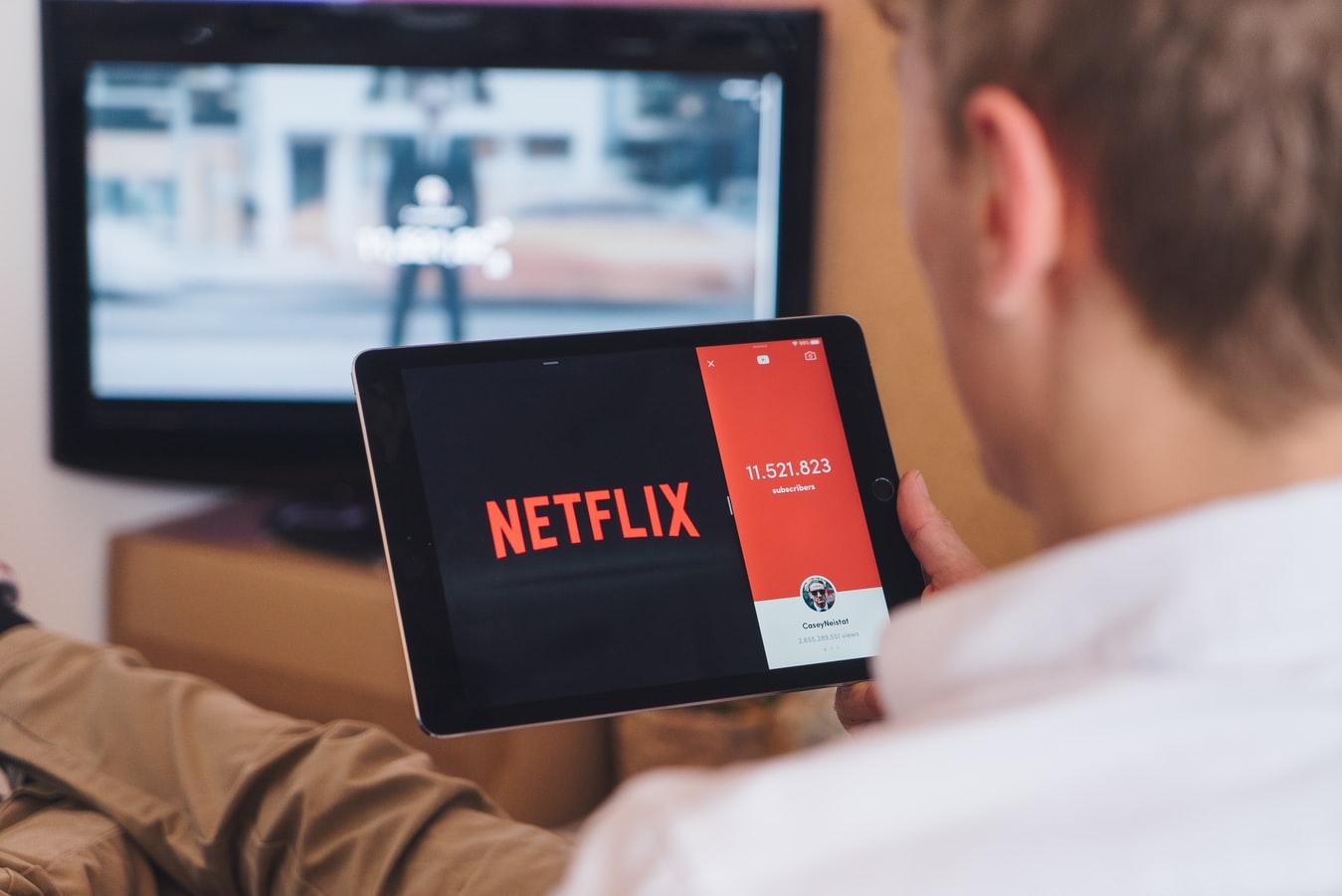 Netflixとテレビ「利用者から見た」決定的な差