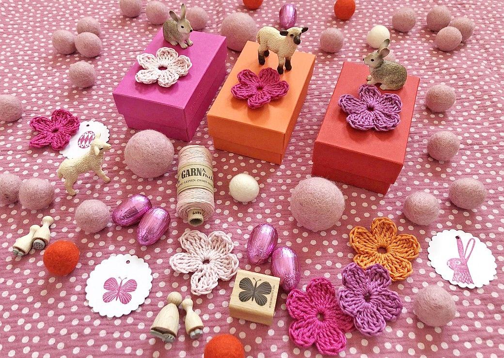 buntbox easter perlenfischer garnundmehr crochet flowers rubberstamps easter decoration ostern schokoeier box geschenkschachtel filzkugeln filz kroglice iz filca filc häkeln häkelblume hase schmetterling geschenk
