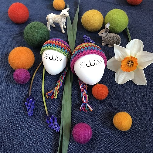 felt balls easter eggs daffodils easter decoration osterdekoration osterdeko spring decoration