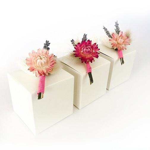 suho cvetje dried flowers lavendel sivka garn bombažna vrvica suhe rože vrvice škatla trak dekoracija decoration pšenica črnika sadrenka lovor žito škatlica škatla poroka buntbox hochzeit wedding