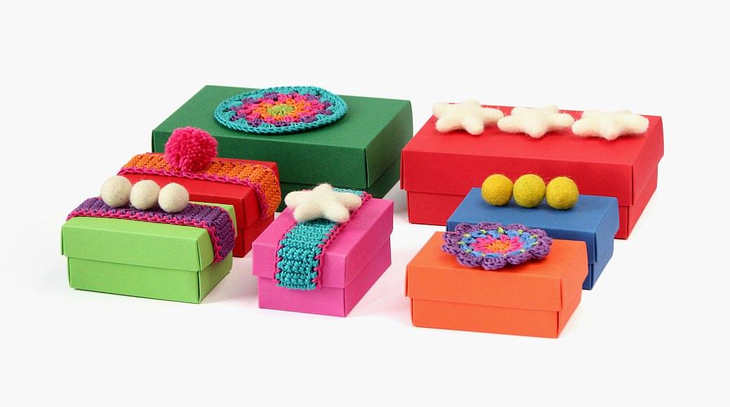advent adventskranz gift wrapping felt balls kroglice iz filca filzkugeln buntbox kvačkanje crochet geschenkeverpacken weihnachten zavijanje daril xmas x-mas christmas inspiration inspiracije