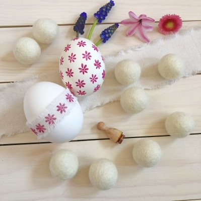 felt balls easter eggs daffodils easter decoration osterdekoration osterdeko spring decoration perlenfischer stempel rubberstamps