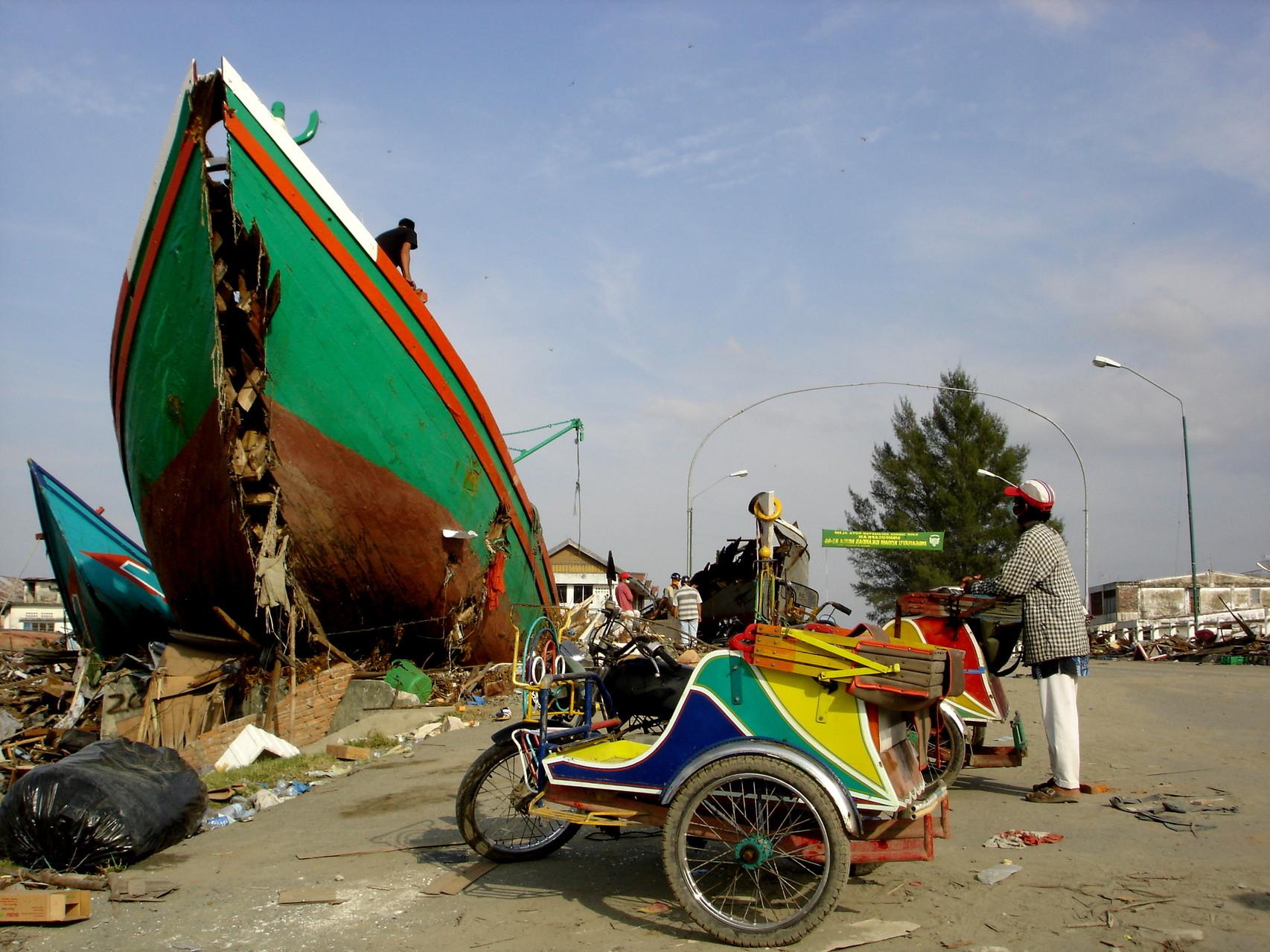 relief Asian aid tsunami