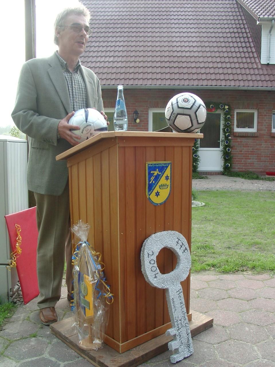 Vorsitzender Theo Kutscher vom SV Arle