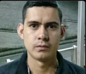 Yovanny Franco de 25 años de edad y conducía el móvil 734 afiliado a la empresa Radio Taxi del Quindío asesinado ayer 26 de febrero de 2018