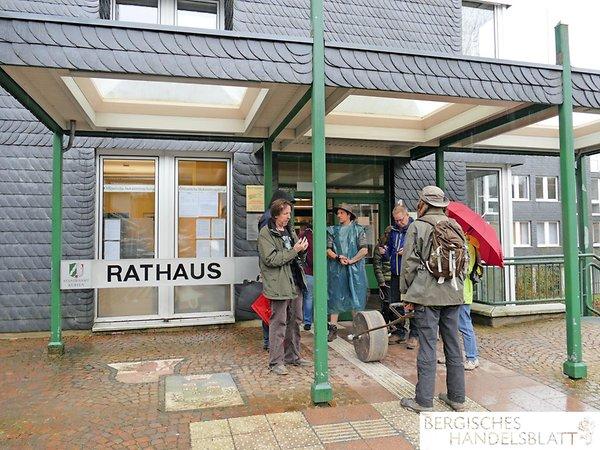 Das Rathaus Kürten ist Startpunkt der 3. Etappe