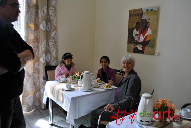 Die Lehrerin von Frau Alonso war auch zu Besuch mit kleinen Gästen