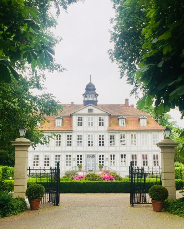Freie Trauung Hamburg, Hamburger Rederei, Schloss Luedersburg, Hochzeitslocation