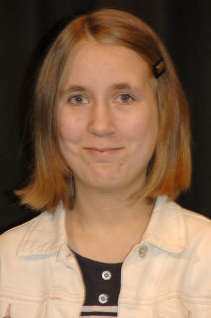 Jenny Niebuhr - Cece, Julias Schwester
