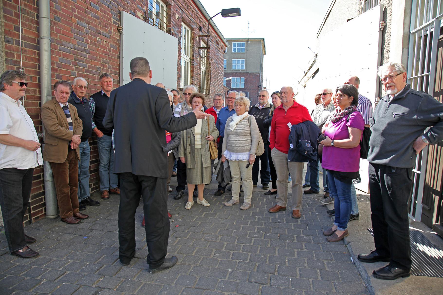 Informationsgespräch und Führung in Berlin-Hohenschönhausen