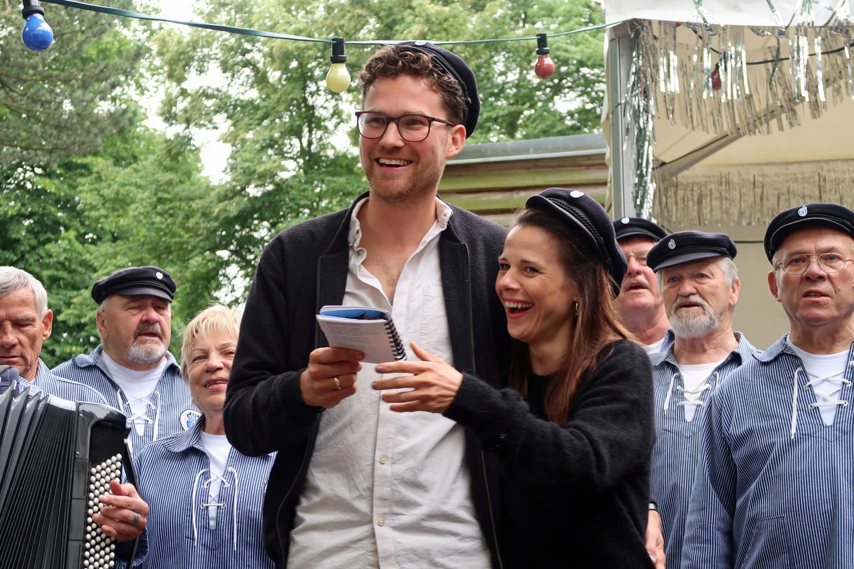 ....das Brautpaar Joanna und Jakob aus Hamburg haben mitgesungen