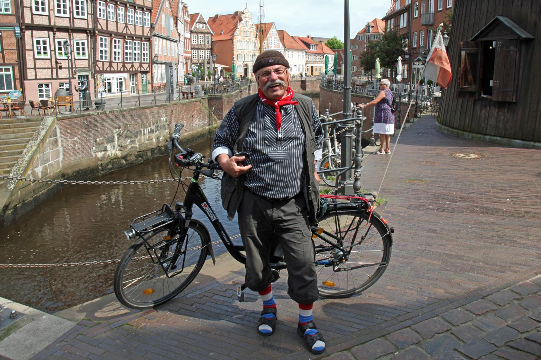 29.05.2017 - Hans mit seinem Rad