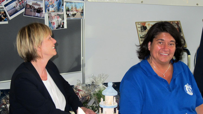 Bürgermeisterin Silvia Nieber und unsere musikalische Leiterin Silke Bolz