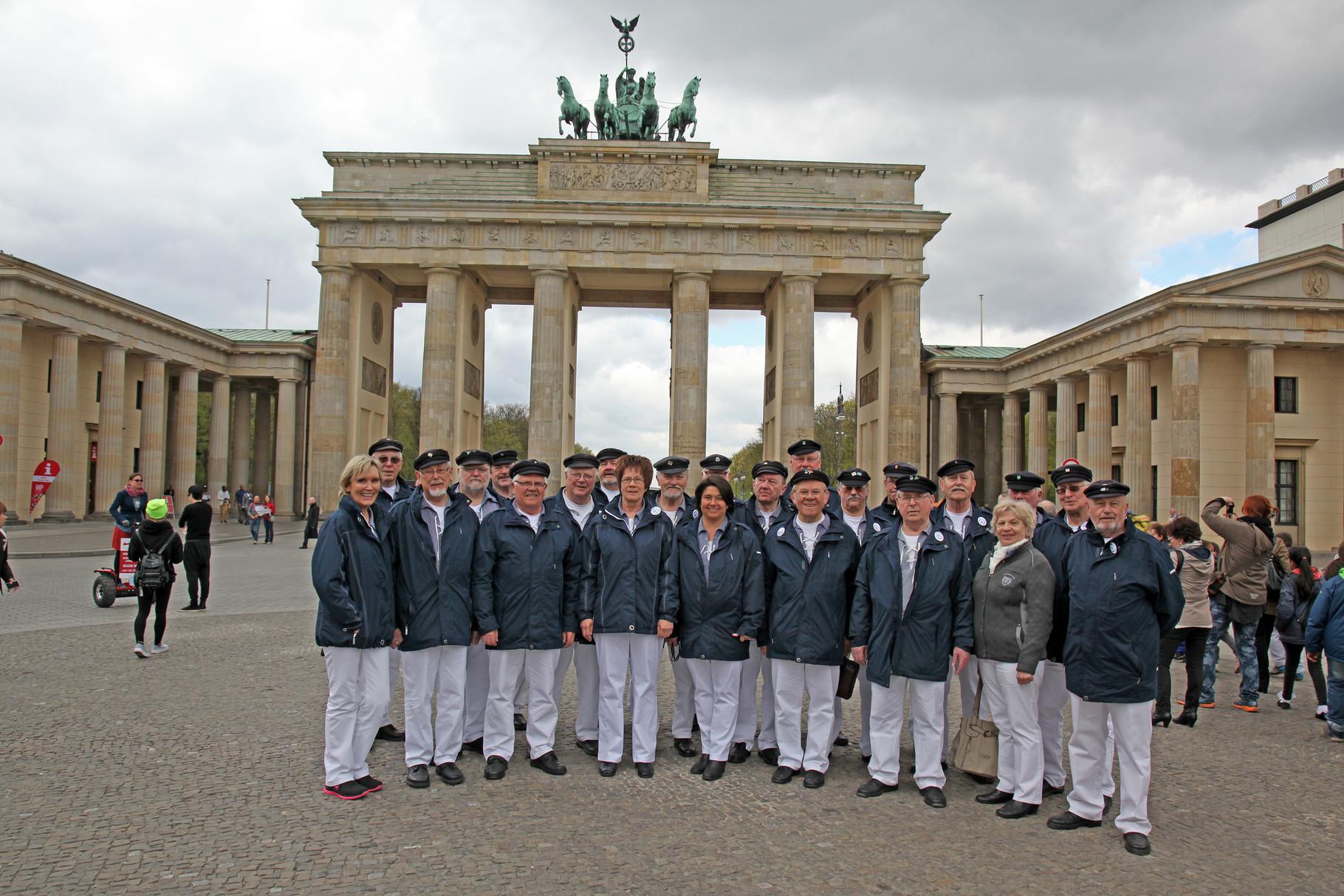 Am Brandenburger Tor sangen wir...............