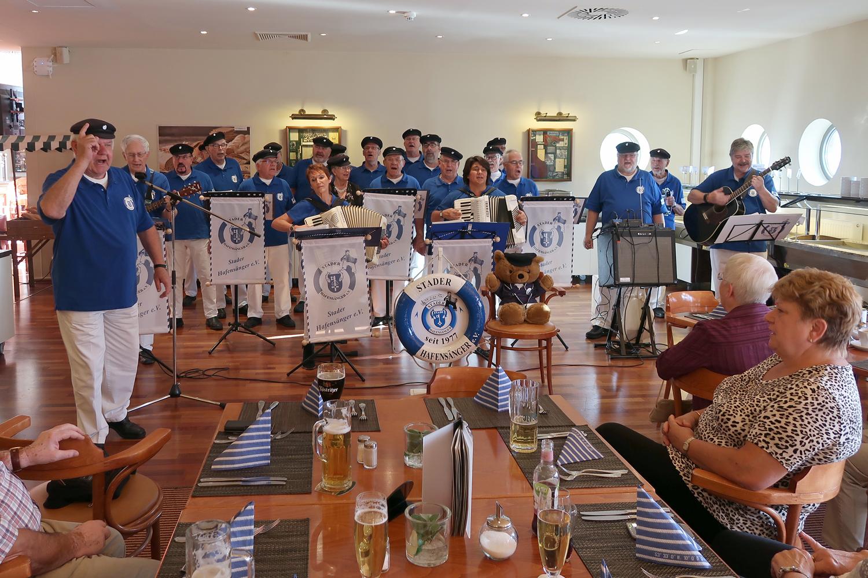 ....die Gäste kamen aus Berlin - Weißensee und Brandenburg ....
