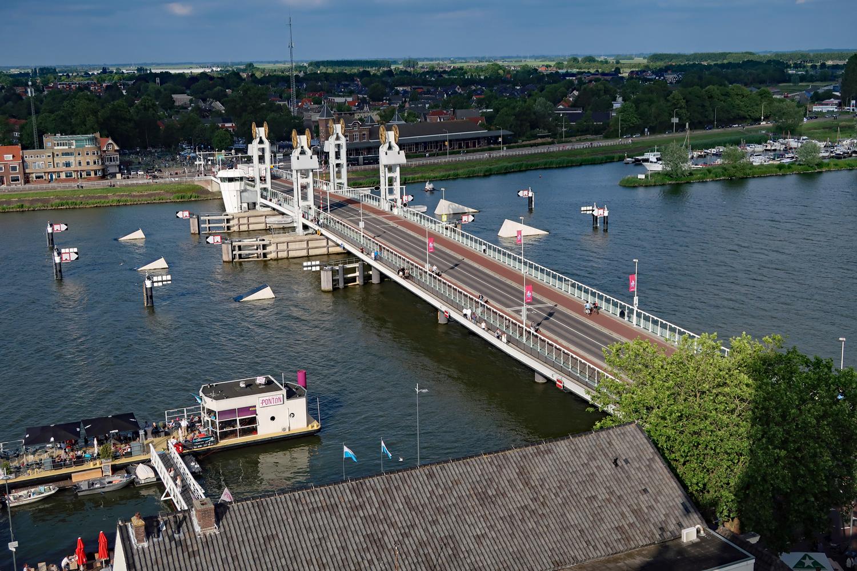 """162 Stufen ging es zum Heilliggeistturm - es hat sich gelohnt -""""Ijsselbrug"""" -( Brücke von Kampen )..."""