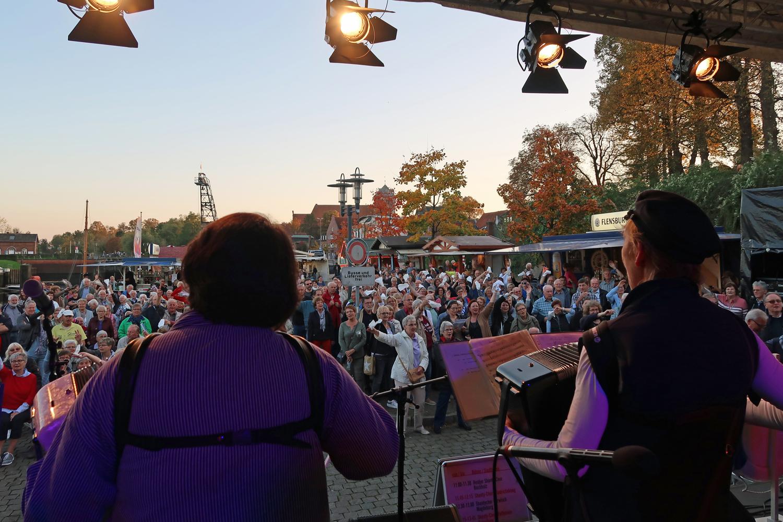 15.10.2017 - Bühne am Stadthafen
