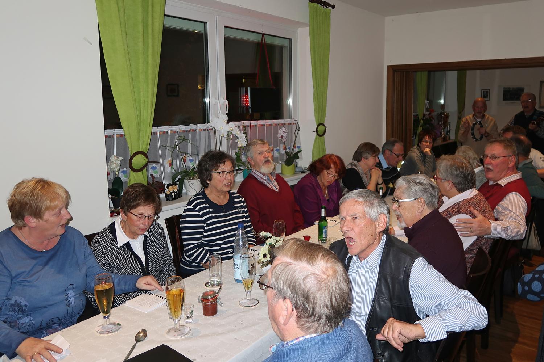 11.11.2017 - Eine Feier mit unsere Partner/innen in der Gaststätte  Güldenstern...