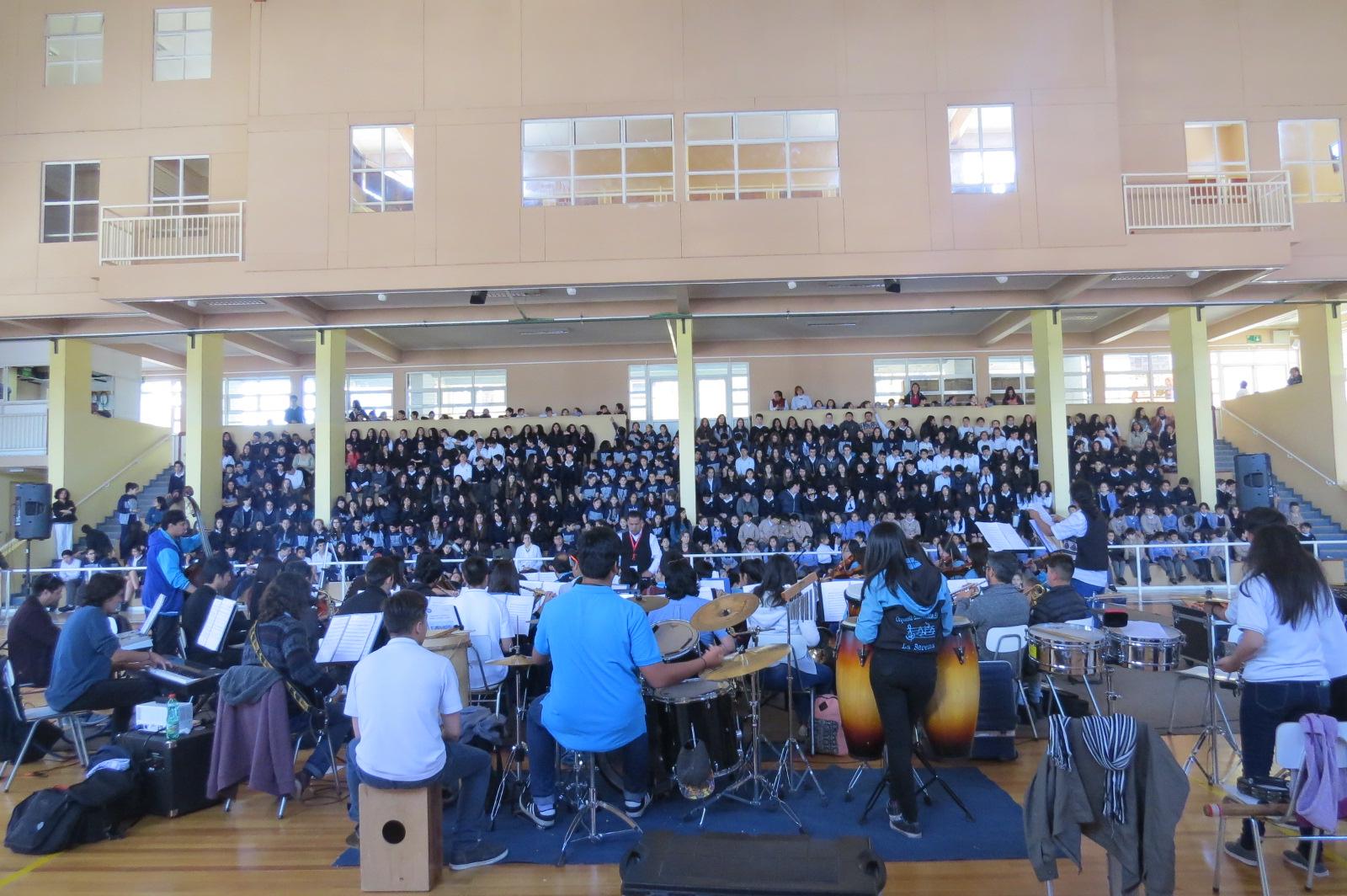 Orquesta Pedro Aguirre Cerda en concierto didáctico en Colegio Inmaculada Concepción