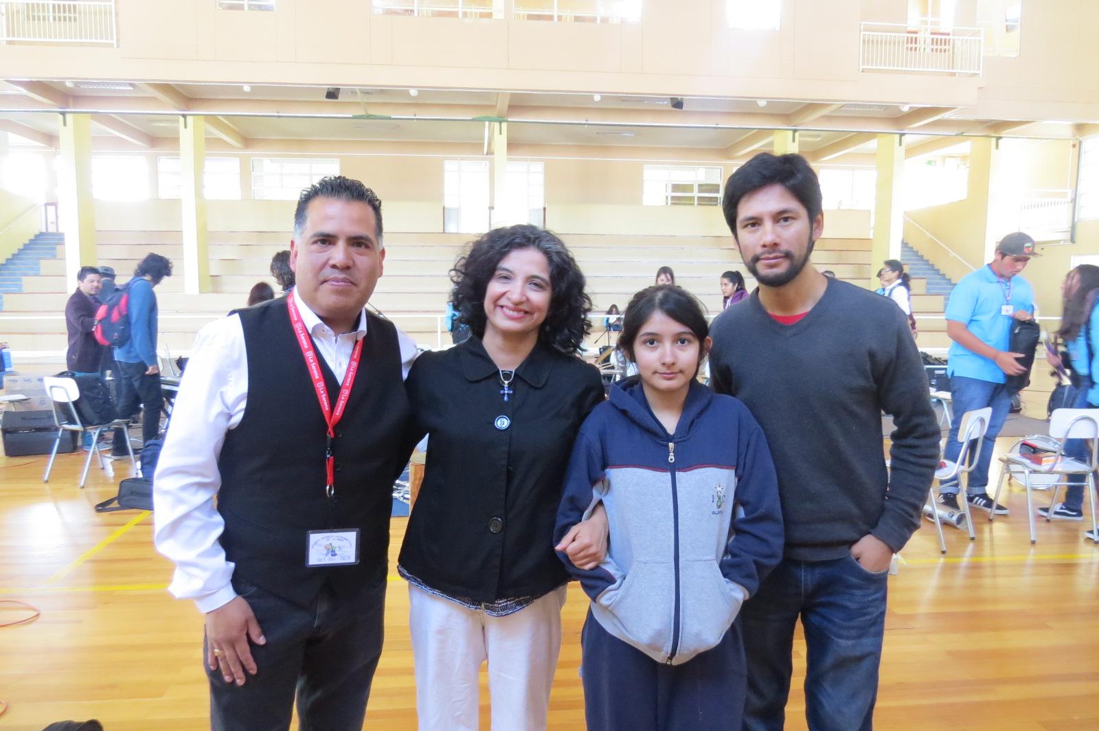 Juan Tabilo, Andrea Baez y su hija y Sebastián Molina