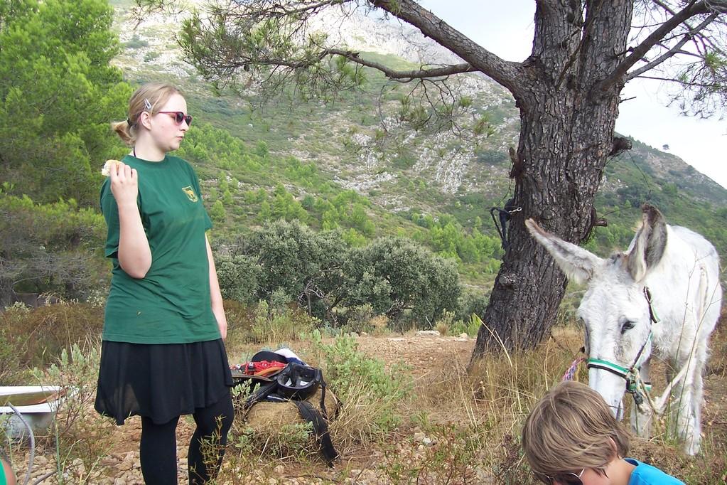 Andrea behaelt immer die Übersicht Zwischenstopp auf 600 meter