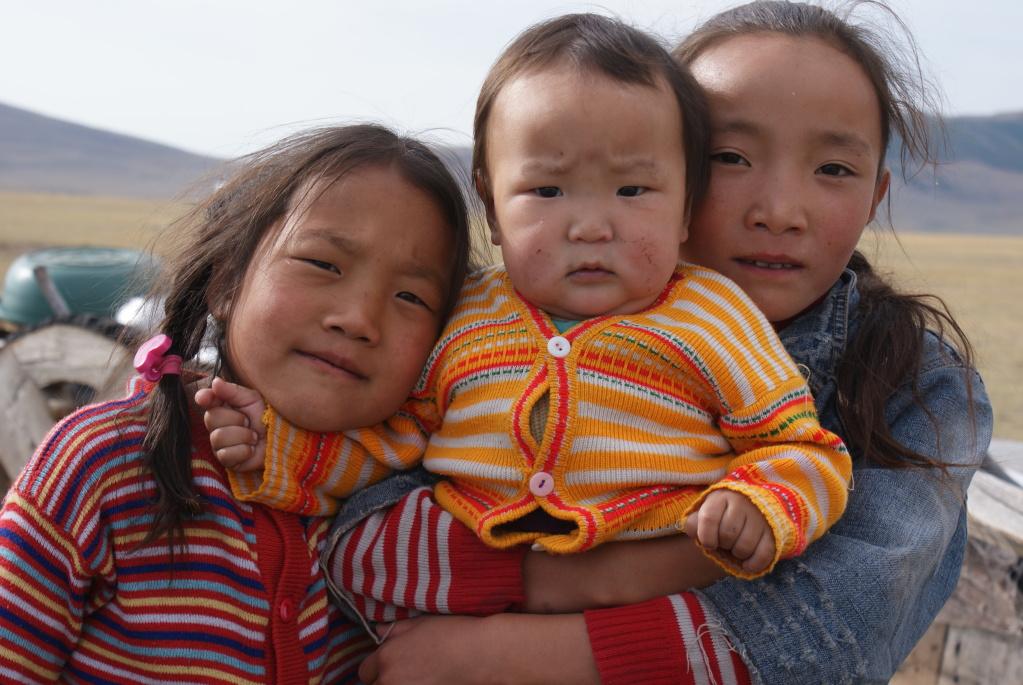 Enfants mongols des steppes