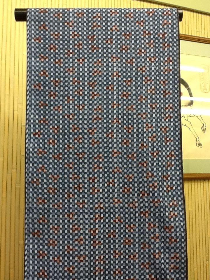 洋服にも仕立可能な久留米絣の反物