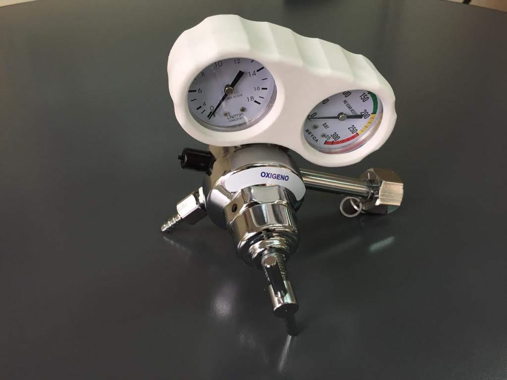 Regulador con manómetro cuenta litros