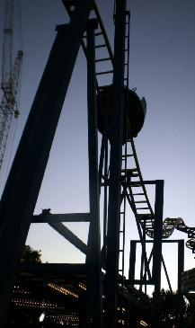 Die Saarbahn - Musterbeispiel für gelungenen Strukturwandel und technologischen Fortschritt im Saarland. Tag und Nacht wird am Ausbau der Strecke über Weiskirchen bis Nonnweiler-Bierfeld gearbeitet.