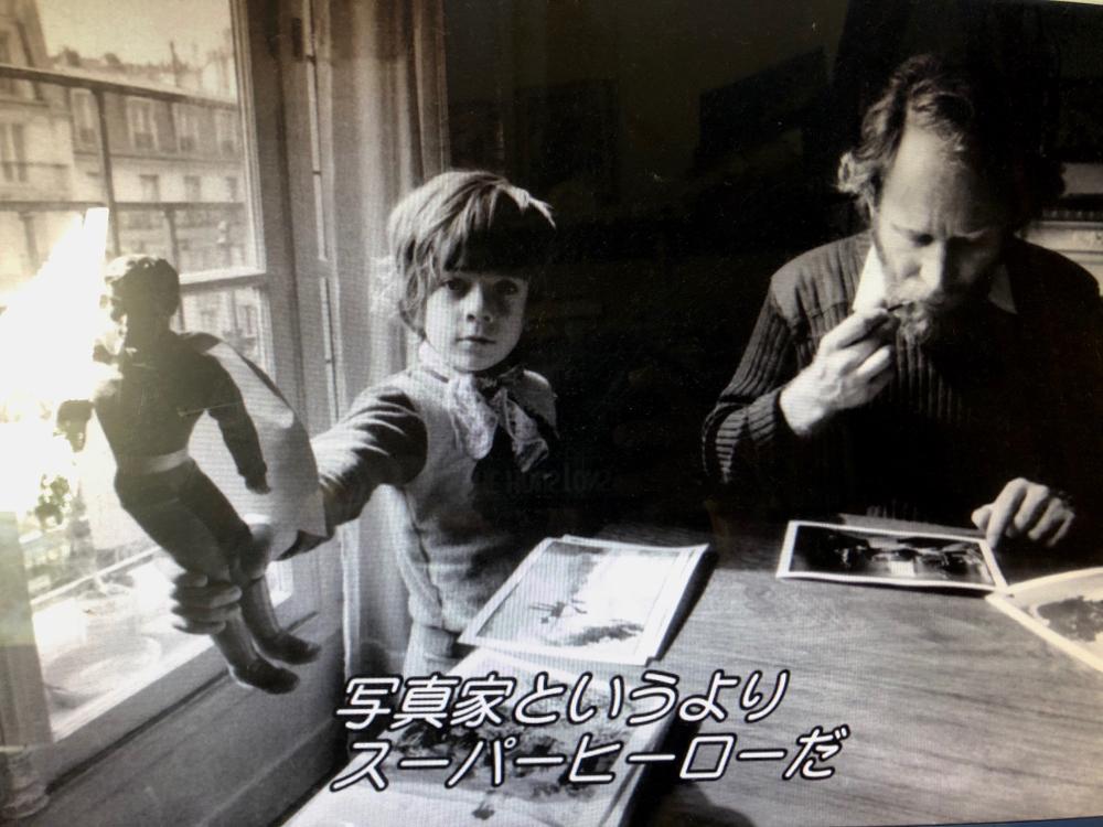 写真家セバスチャン・サルガドさんのドキュメンタリー映画。凄い人って沢山いるなぁ、奥様も素晴らしい人。写真をもっと見てみたい。
