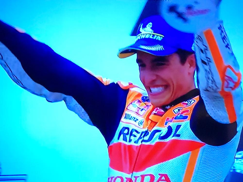 MotoGP マルケスが怪我からの復活優勝、感動。