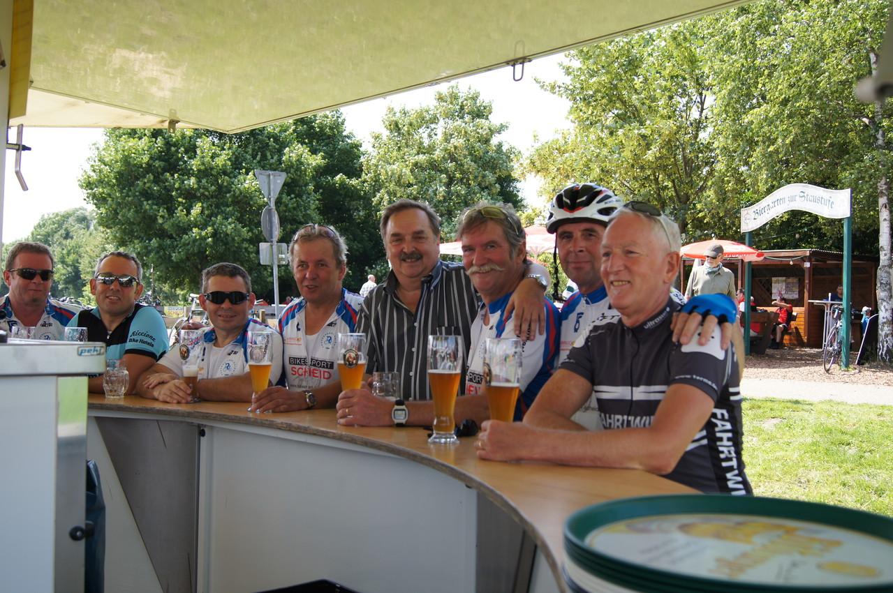 Wie immer wenn es etwas zum Feiern gibt. Die Ford Radsportgruppe Saarlouis war auch dabei.