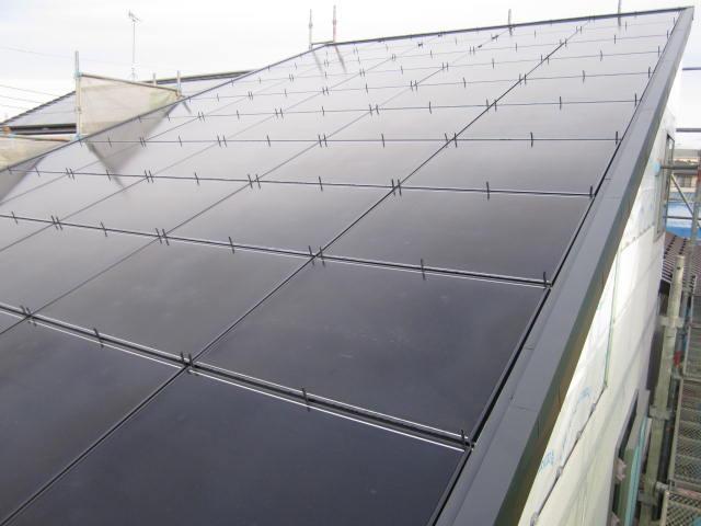 屋根一体型太陽光システム設置工事