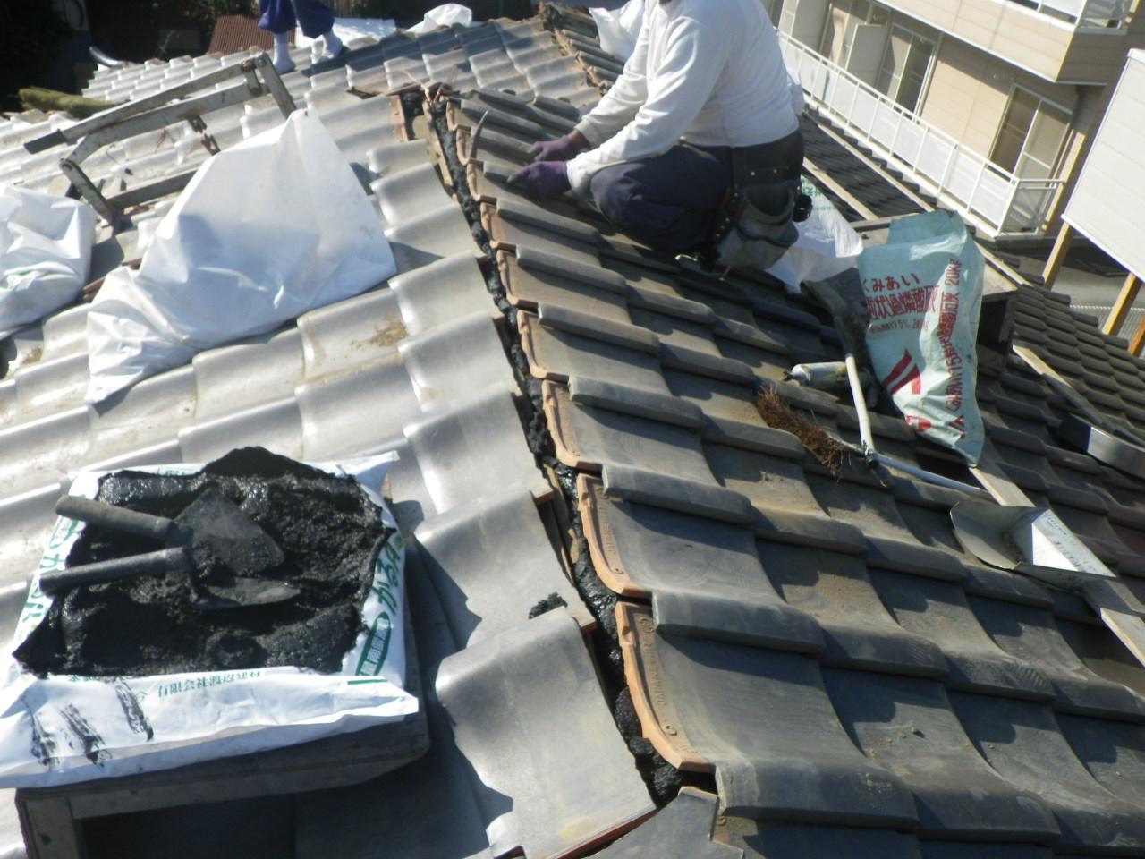 屋根雨漏れ修理の為に棟解体・再施工を行います。in芳賀町