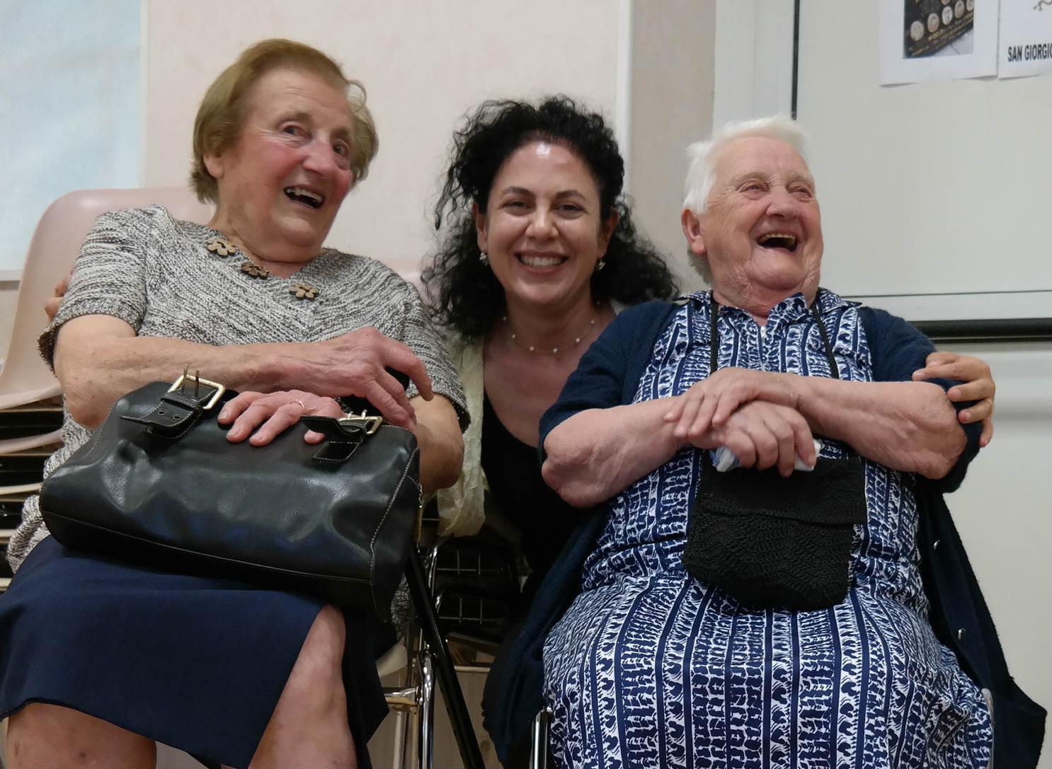 Grazia Pacella con due testimoni