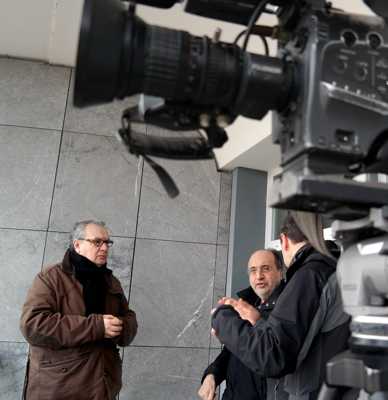 Il regista MAuro Vittorio Quattrina durante le riprese dei servizi RAI con il giornalista Giuseppe Giulietti, nel Comune di San Giorgio delle Pertiche (PD)