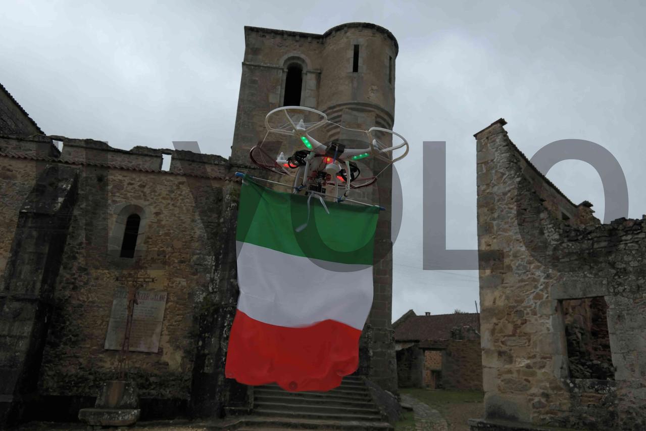 """Oggi durante le riprese del film con il drone Drugo, abbiamo """"involato"""" un omaggio ai caduti italiani (fam. Miozzo Zoccarato), ai sette bambini e alla loro madre, trucidati dai tedeschi (insieme ad altre 635 persone)"""