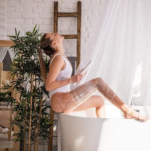 Straffe Haut durch Body Wrapping
