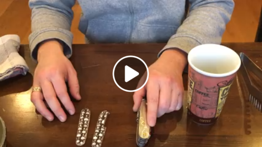 Montagevideo: Victorinox Custom Scales