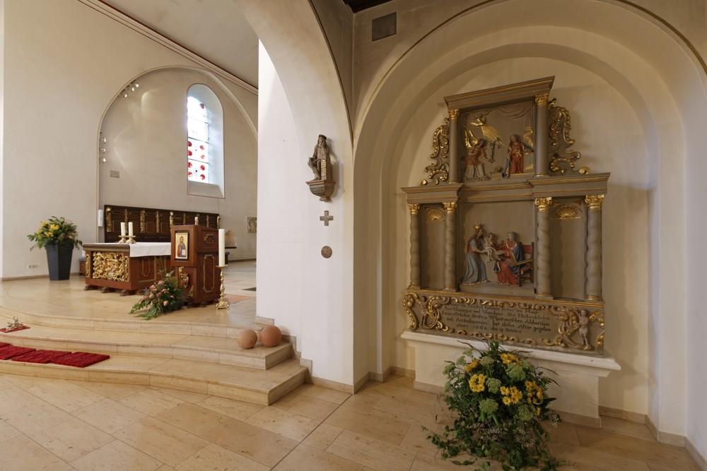 Der rechte Altar Anna Selb-Dritt