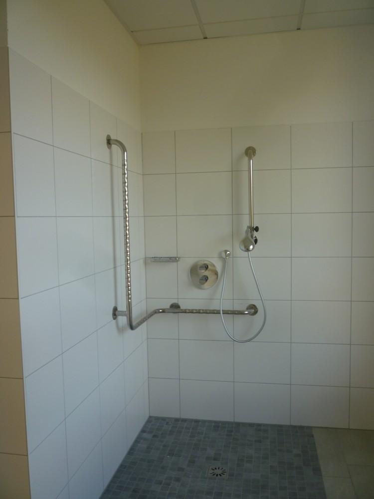 Duschbad, rollstuhlgerecht OG 2 WG