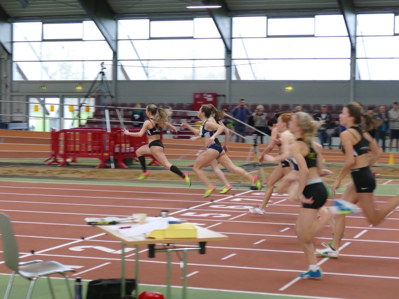 60m Finale WJU18: 1. Sophie Bleibtreu (Bahn 6), 4. Anna Clara Sturm (Bahn 5)