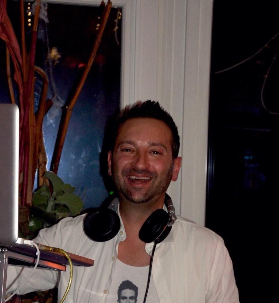 DJ - PURE