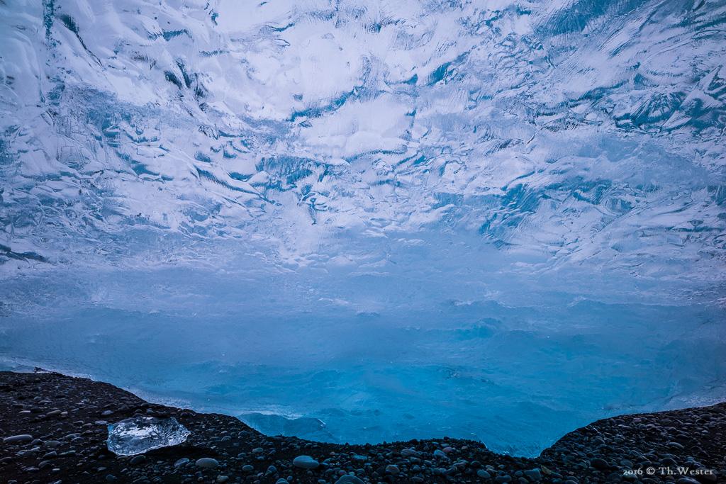 """""""Ice-Cage"""" (B715)"""